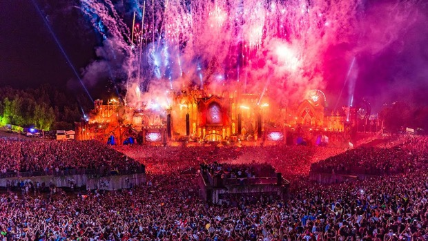 tomorrowland-rai-4-