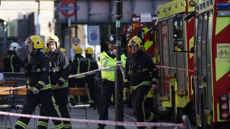 Londra. Esplosione nella metropolitana: diversi feriti, si tratta di terrorismo (Le foto)