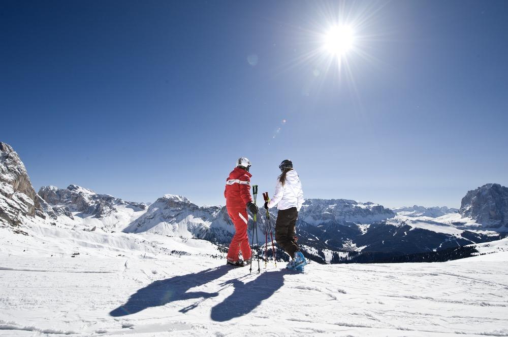 Sciare in primavera: ecco offerte e idee per una vacanza sulla neve