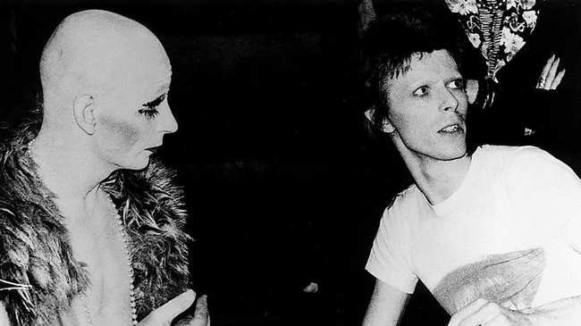 Lindsay Kemp, morto il geniale mimo e coreografo tra gli altri di David Bowie e Kate Bush