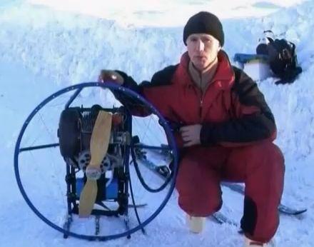 Sergei Khvalin : Ski à moteur