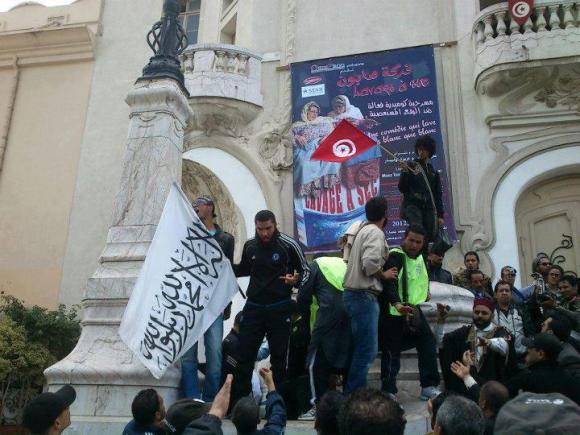 agression dimanche 25 mars 2012