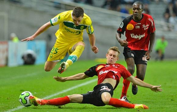 Footbal: Nantes et Guingamp retrouvent la Ligue 1