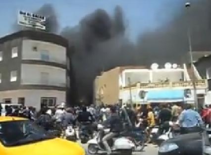 Un incendie ravage un entrepôt de carburant de contrebande à Mahdia