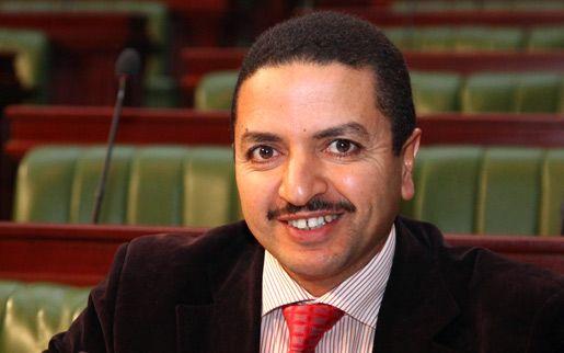 Samir Bettaïeb qualifie le prochain président de la République de Tartour