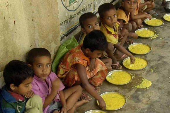 Intoxication alimentaire des écoliers en Inde