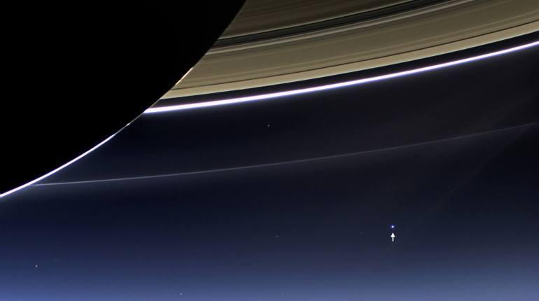 La planète Terre vue depuis Saturne
