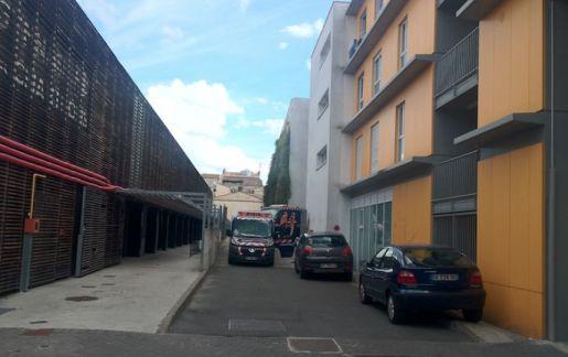 Macabre découverte dans une chambre d'hôtel du centre-ville de Bordeaux. Une famille a été retrouvée morte ce lundi.