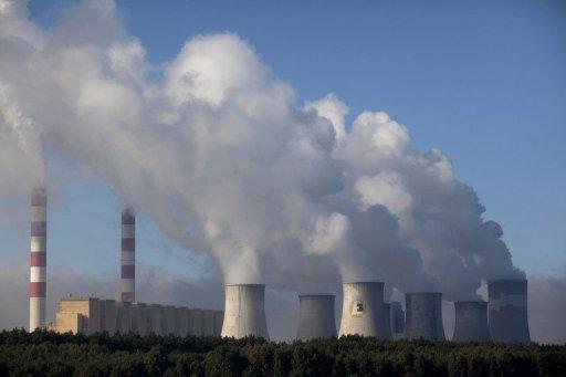 Une vue de la centrale électrique de Belchatow charbon le 28 Septembre 2011, à Belchatow, Pologne centrale.