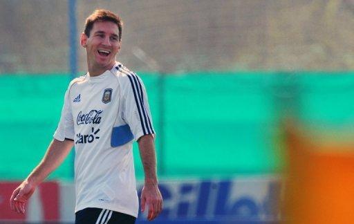 Équipe nationale de football avant l'Argentin Lionel Messi participe à une session de formation à Ezeiza, Buenos Aires, le 6 Septembre 2013.