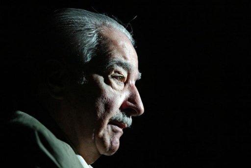 Alvaro Mutis, primé poète colombien, essayiste et romancier influents à travers le monde hispanophone, est décédé à Mexico.