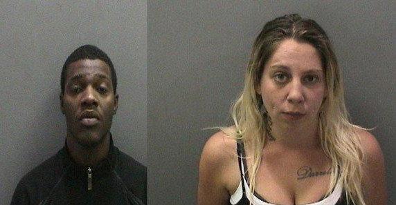Dejon Pierre Moore, à gauche, et Jennifer Kaye Moeggenberg sont deux des trois personnes qui ont été accusées dans un cas présumé de trafic d'êtres humains.