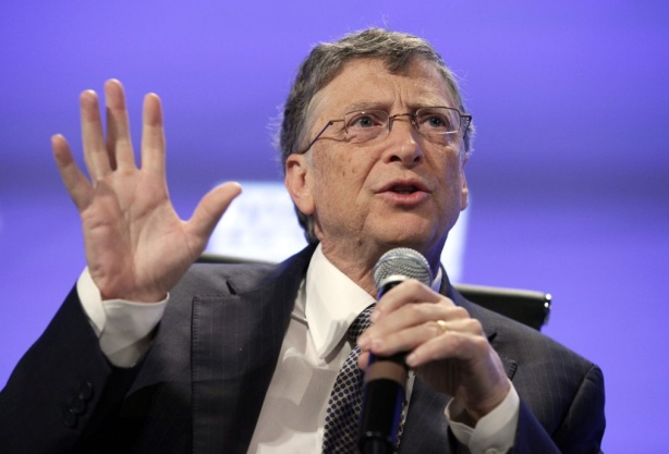 Bill Gates est le plus grand actionnaire individuel à Microsoft.