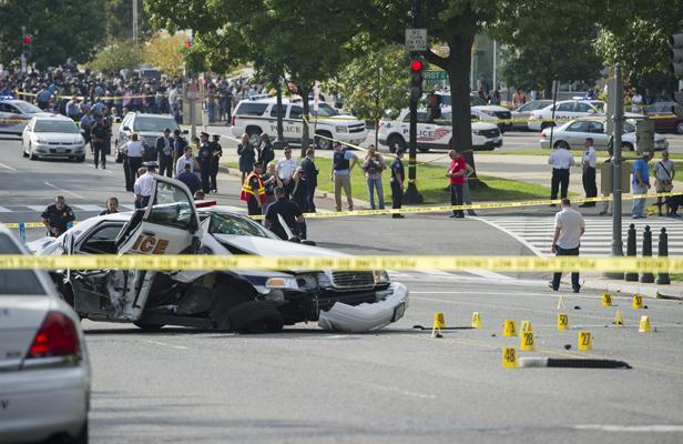 Une conductrice tuée après une course-poursuite avec la police.