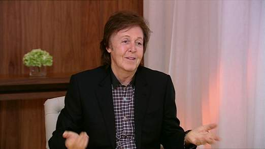 Sir Paul McCartney dit qu'il n'y a rien d'offensant sur la twerking de Miley Cyrus et révèle qu'il est un fan de One Direction