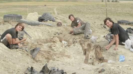 Deux garçons de Raimund Albersdoerfer, collectionneur de fossile, ont découvert le squelette rare