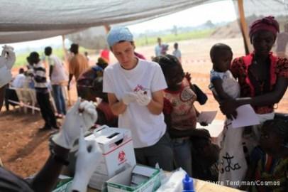 la compagne de vaccination contre la rougeole continue dans les clans  Mpoko et  Saint Michel et Saint Elime