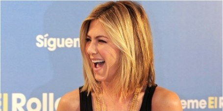 Jennifer pratique  la méditation transcendantale