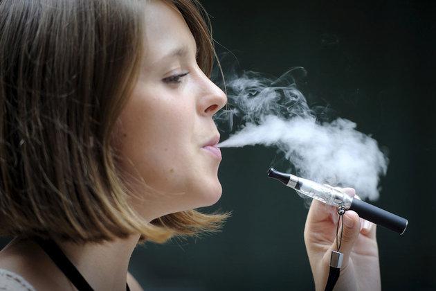 Une étude expose que la cigarette électronique n'aide pas à arrêter de fumer
