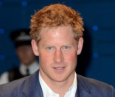 Le prince Harry aime les blondes
