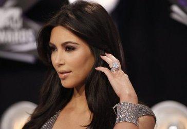 Kim Kardashian s'aime comme elle est