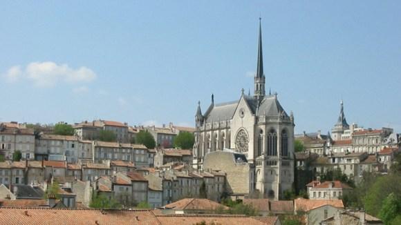 Des Racines et des Ailes sur les rives de la Charente ce 30 mars sur France 3