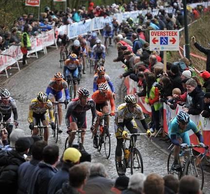 Le cyclisme continu de briller avec le Criterium International et la Classique Gand-Wevelgem