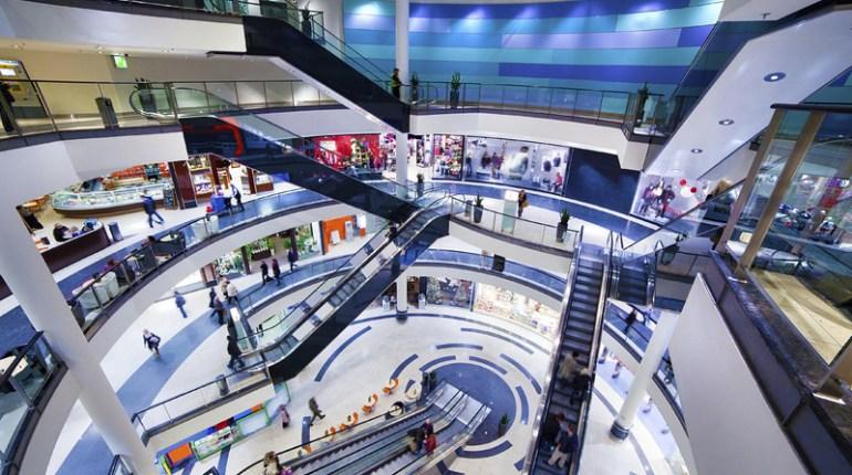 Capital sur le shopping les restos et les loisirs sur M6 : Replay vidéo documentaire 6Play