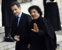 Nicolas Sarkozy & Mouamar Kadhafi