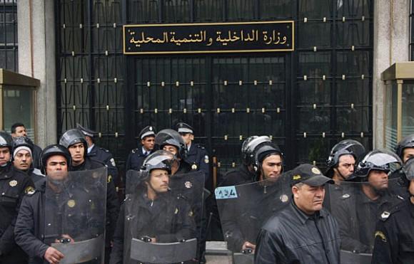 Affrontements entre les agences de la Police à Gabès