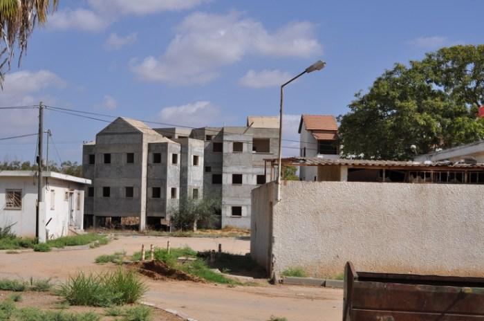 Nieuwe huizen worden automatisch uiterust met een bunker, Sderot Israel, Tjeerd Langstraat