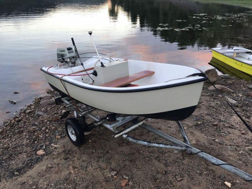 Båt, motor og henger