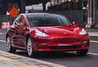 Tesla, Avrupa'da BMW, Mercedes ve Audi'yi Geride Bıraktı!