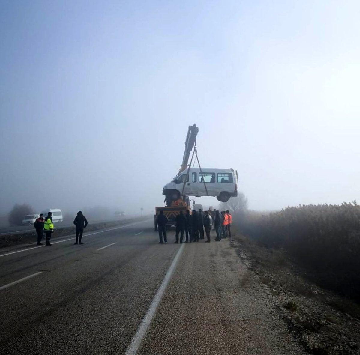 Beyşehir'de zincirleme trafik kazası: 8 yaralı 3