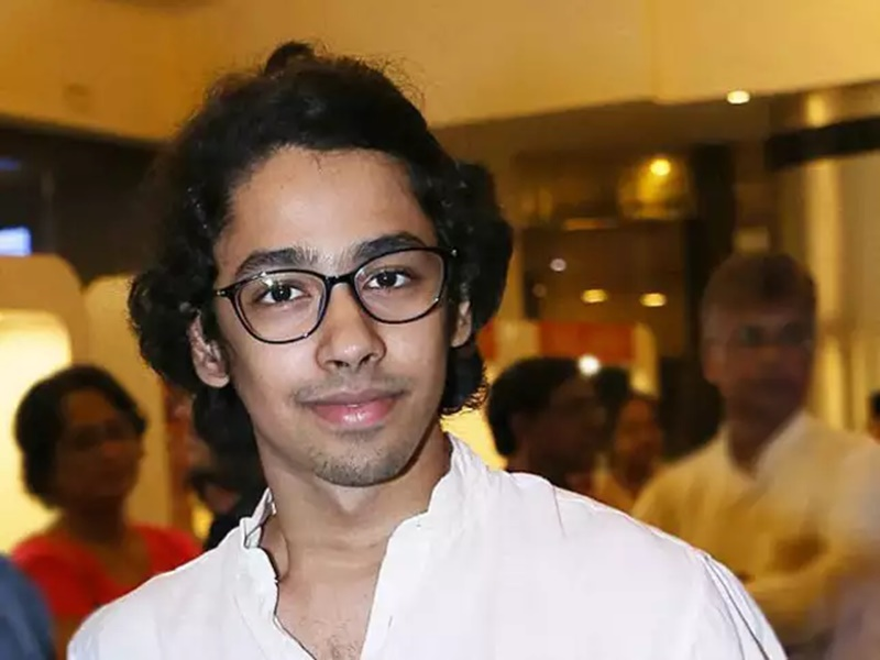 https://i2.wp.com/www.tkbsen.in/wp-content/uploads/2018/04/Best-Actor-Male-Riddhi-Sen-for-Bengali-film-Nagarkirtan.jpg