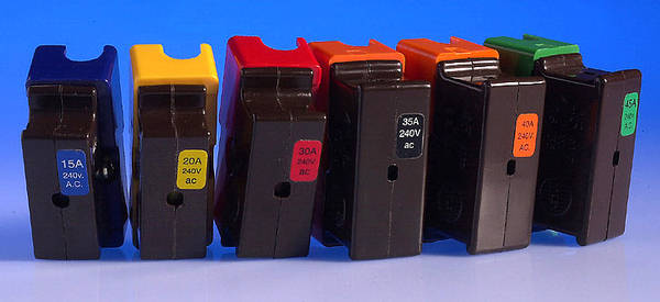 Wylex Hrc Fuse Carriers Amp Fuses