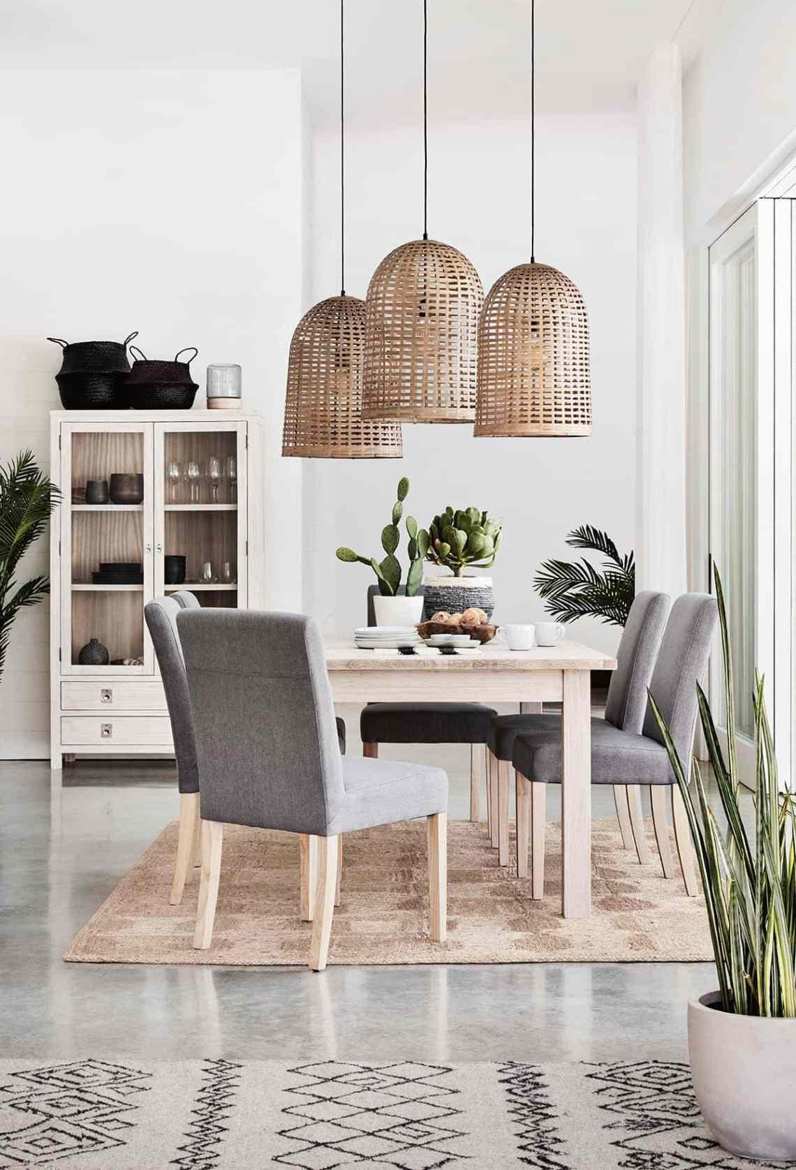 Rugs Under Dining Tables Expert Tips Ideas Tlc Interiors