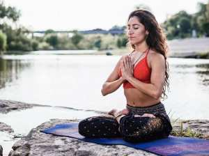 free yoga class with Jen Ramos at the lauterstein-conway massage school