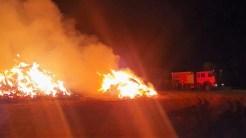 Gospodărie cuprinsă de flăcări în Ceamurlia de Sus. FOTO ISU Ialomița