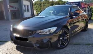 BMW M4 mit Ceramic-Versiegelung