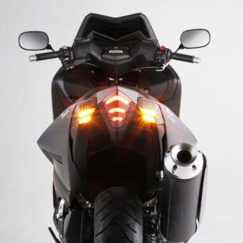 carenatura-indicatori-luce-di-stop-tmax_530-bcd-design-16-527x527