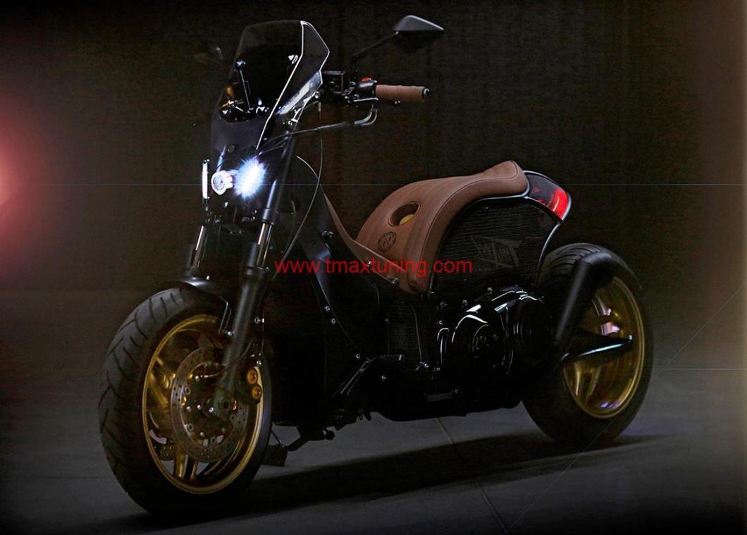 Yamaha T Max 500 modificato da Unikat Motorworks-2