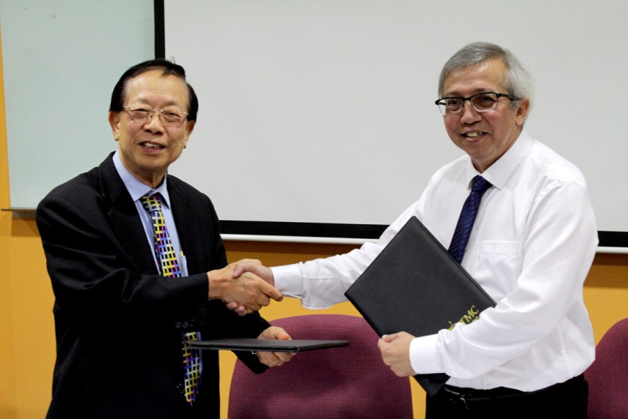 MOU Signing between TMC academy and institute of public relations of Singapore IPRS to launch the IPRS student chapter programme