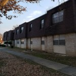 1124 E 9th St Apt 50 (Treeview) $530/$530