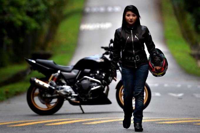 Image result for motorcycle chicks