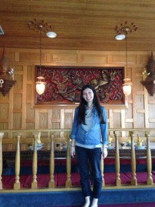 I look like a giant in this Thai restaurant in San Fran. Also note the Canadian tuxedo action happening!