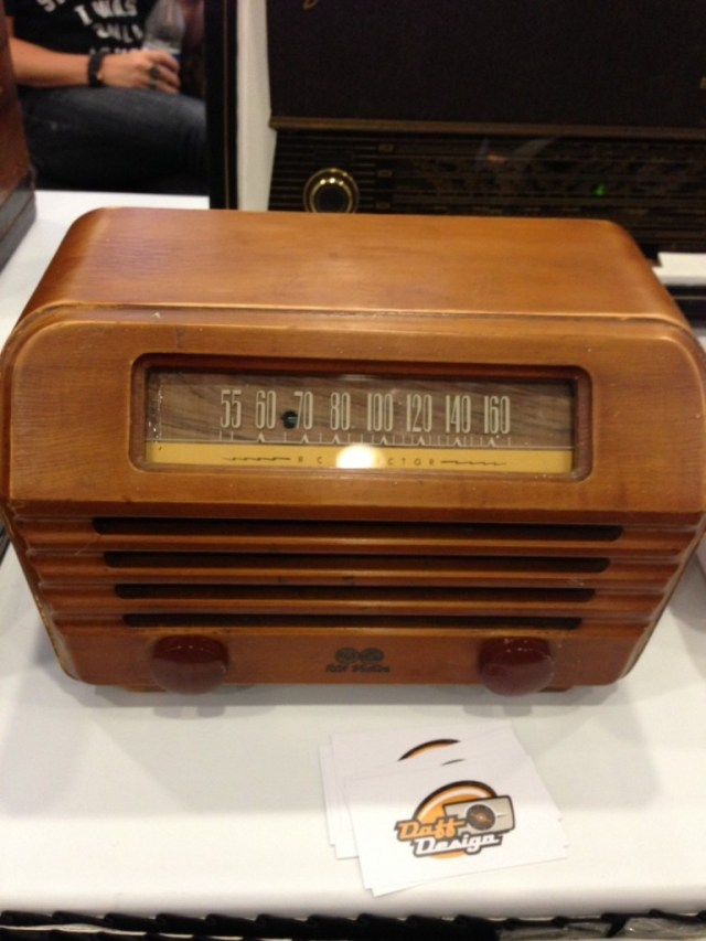Daff Designs takes old radios and music players like this one and replaces the old parts with modern day technology like bluetooth.