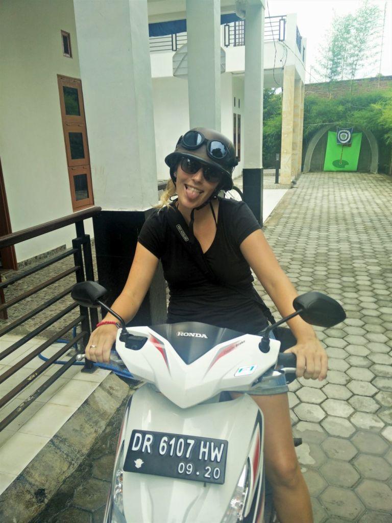 Falscher Untersatz für den Helm