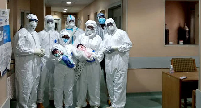 birth of twins by coronavirus patient