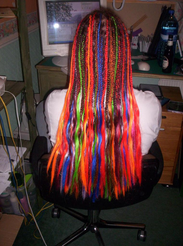 Multi Coloured Single Braids